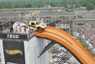 hot wheels salto record indy