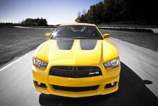 super bee dodge charger srt8