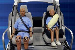 ford cinture posteriori airbag
