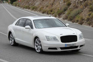 nuova bentley continental flying spur