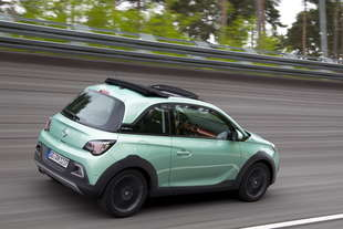opel adam rocks test prima del debutto