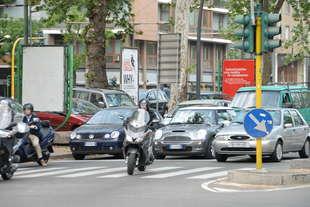 inquinamento limite 30 kmh in citta