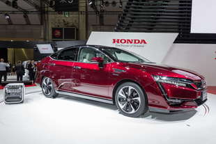 honda clarity fuel cell europa nel 2016