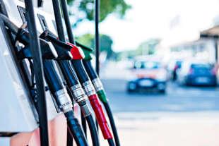prezzo petrolio e sceso benzina e gasolio no