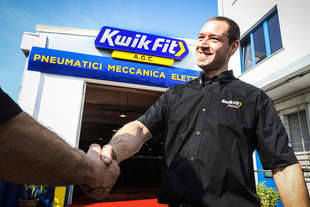 apre italia prima officina kwik fit