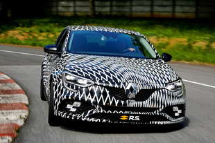 renault megane rs debutto imminente