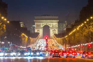 francia dal 2040 stop ai motori benzina e diesel