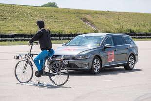 bosch frenata emergenza riconosce ciclisti