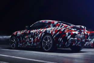 toyota supra il debutto goodwood
