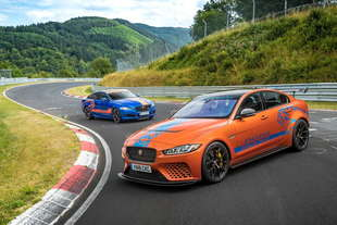 jaguar xe sv project 8 ring taxi
