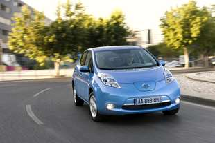 nissan leaf base base