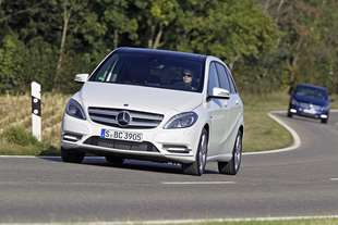 mercedes b 2 180 blueefficiency premium 0