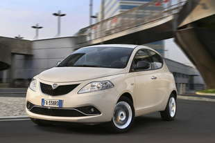 lancia ypsilon 12 gold