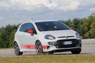 abarth punto evo 1 4 16v turbo multiair ss 165 cv