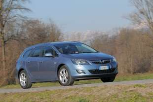 opel astra sports tourer 4 2 0 cdti cosmo s