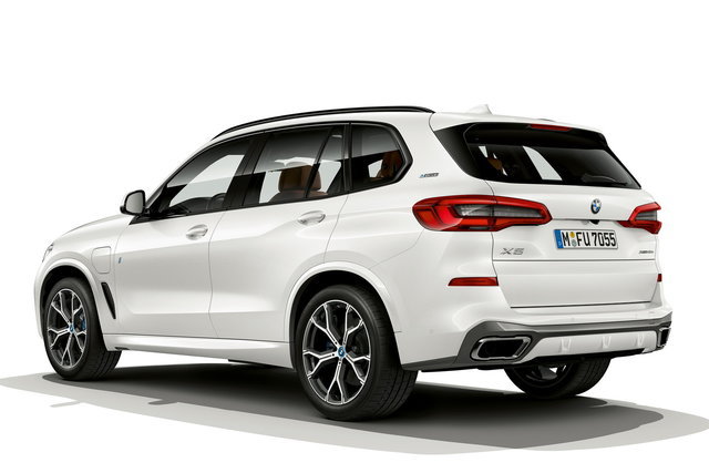 bmw x5 usato with Foto on 78955709 further Hamann Bmw X6 Tycoon moreover Bmw Serie 1 Scheda Tecnica also Bmw X3 2018 Fotografie Informazi moreover Immagini Video.