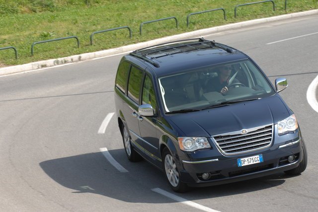 chrysler grand voyager 28 crd 16v