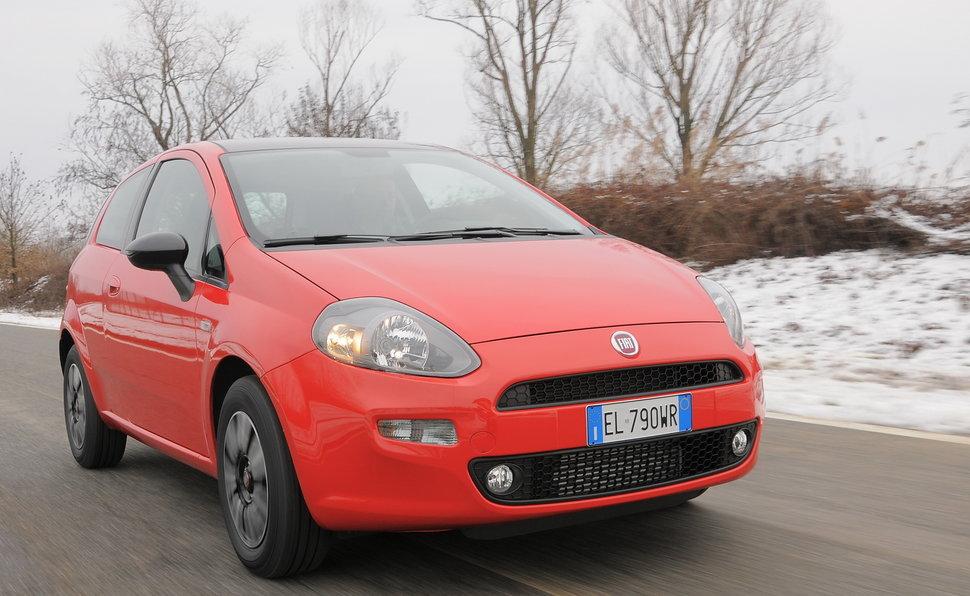 Fiat Punto Quattro Porte on fiat spider, fiat ritmo, fiat 500l, fiat coupe, fiat stilo, fiat linea, fiat panda, fiat doblo, fiat x1/9, fiat 500 turbo, fiat cinquecento, fiat 500 abarth, fiat multipla, fiat cars, fiat seicento, fiat barchetta, fiat bravo, fiat marea,