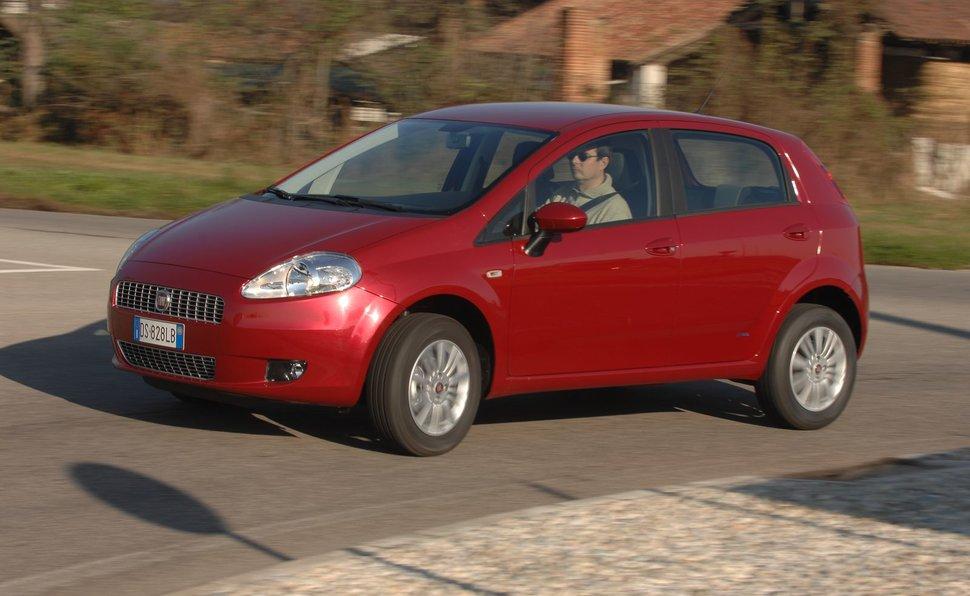 Prova Fiat Grande Punto scheda tecnica opinioni e diioni 1.4 ... on fiat cinquecento, fiat 500 turbo, fiat panda, fiat doblo, fiat stilo, fiat marea, fiat seicento, fiat spider, fiat multipla, fiat 500l, fiat cars, fiat bravo, fiat linea, fiat barchetta, fiat ritmo, fiat coupe, fiat 500 abarth, fiat x1/9,