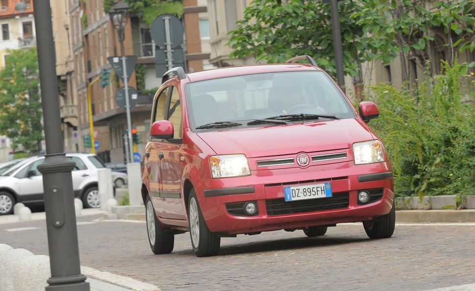 Schema Elettrico Fiat Punto 1 2 8v : Prova fiat panda scheda tecnica opinioni e dimensioni emotion