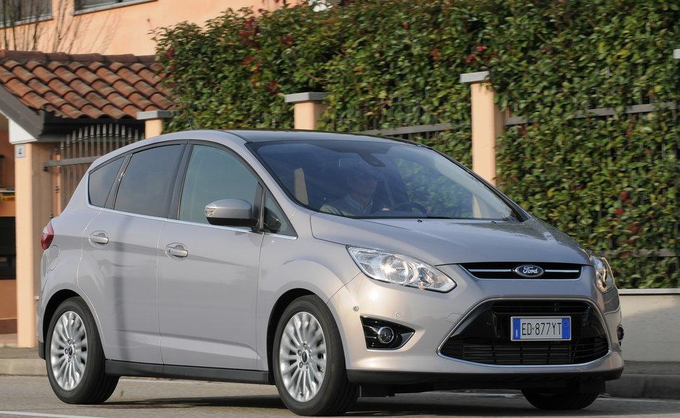 Prova Ford C Max Scheda Tecnica Opinioni E Dimensioni 2 0 Tdci 115 Cv Titanium Powershift