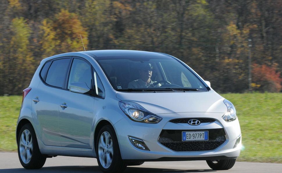 Prova Hyundai Ix20 Scheda Tecnica Opinioni E Dimensioni 14 Crdi 90
