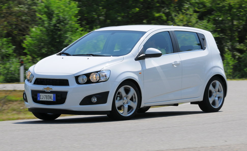 ford aveo 2013