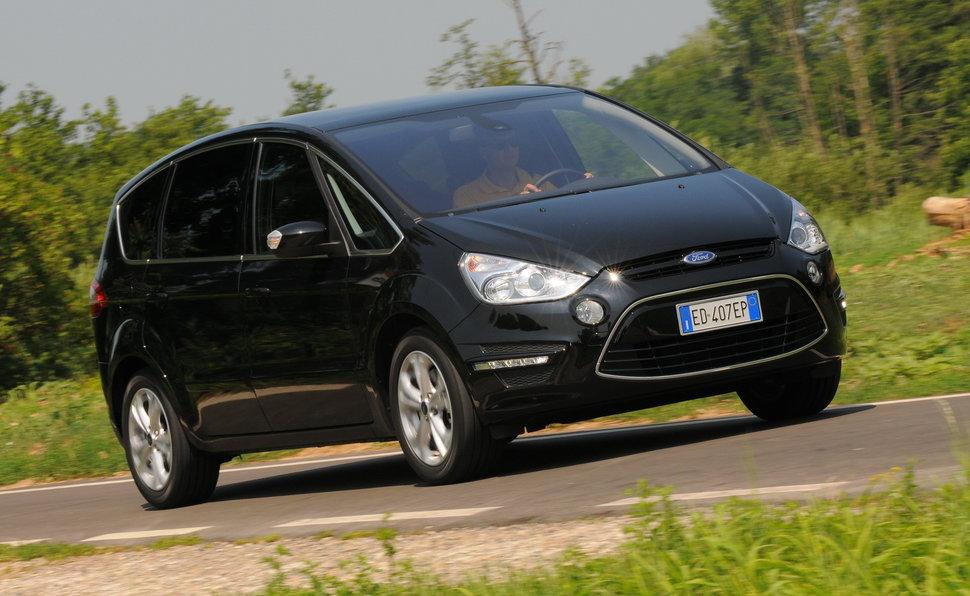 Prova Ford S Max Scheda Tecnica Opinioni E Dimensioni 2 0 Tdci 140
