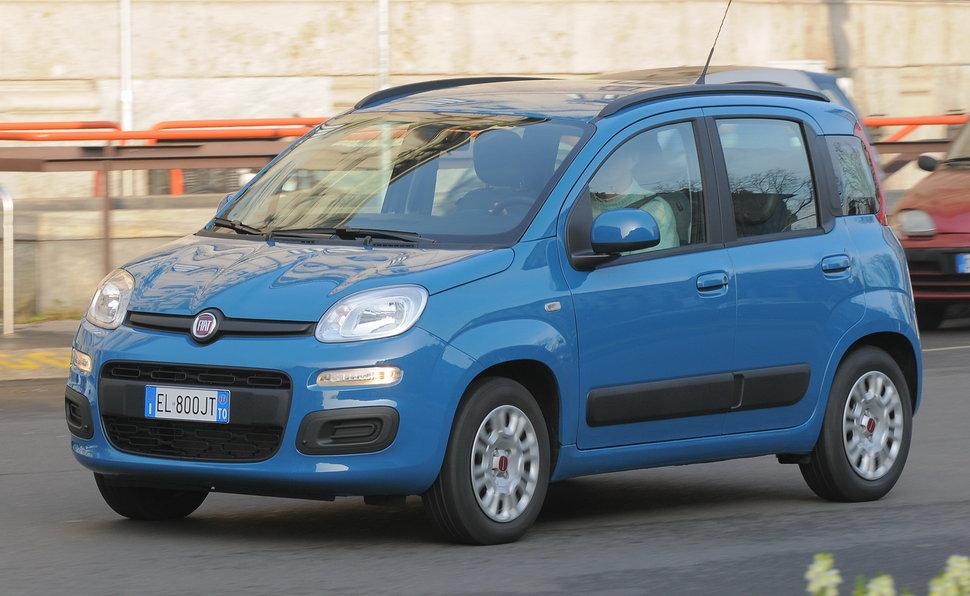 Prova Fiat Panda scheda tecnica opinioni e dimensioni 1.2 Easy