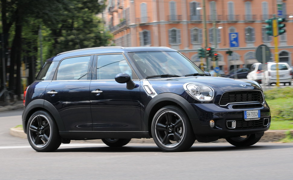 prova mini countryman scheda tecnica opinioni e dimensioni cooper sd. Black Bedroom Furniture Sets. Home Design Ideas