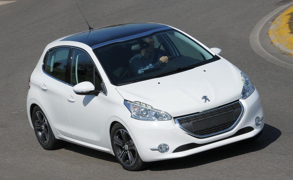 Prova Peugeot 208 Scheda Tecnica Opinioni E Dimensioni 16 8v E Hdi