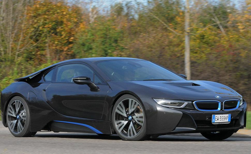 Prova BMW i8 scheda tecnica opinioni e diioni i8 on