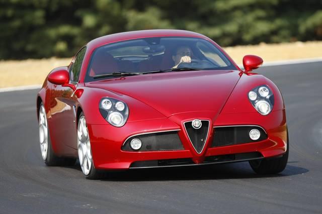Nel 2010 arriva l 39 alfa romeo 8c gta for Alfa romeo prossime uscite