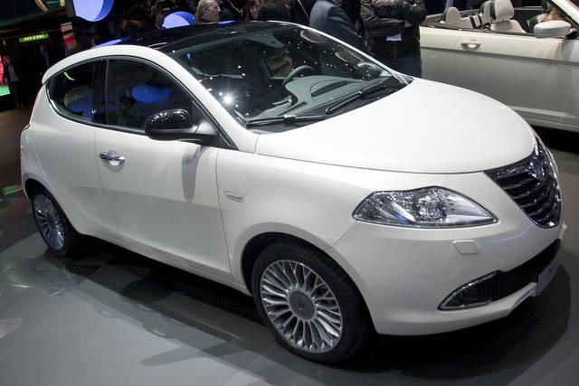 Lancia ypsilon iniziano le prenotazioni - Lancia y diva 2011 ...