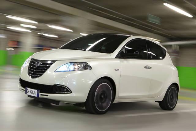 """Lancia Ypsilon: il gas """"raddoppia"""""""