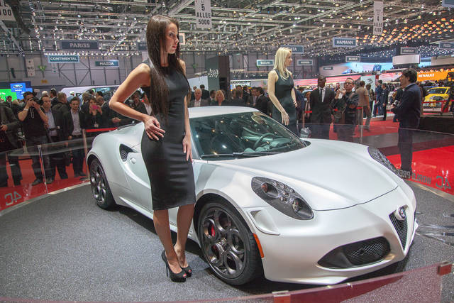 L'Alfa Romeo 4C è subito Launch Edition