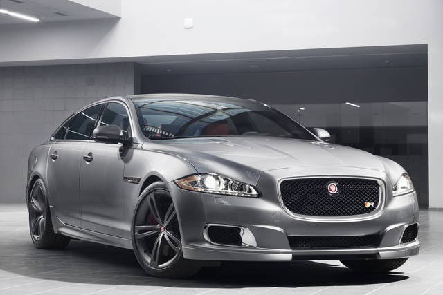 A New York la Jaguar  XJR