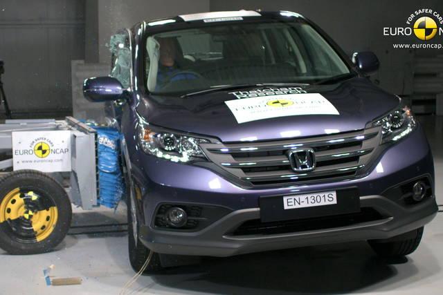 I crash test di honda cr v e citro n c4 picasso for Honda crv crash test