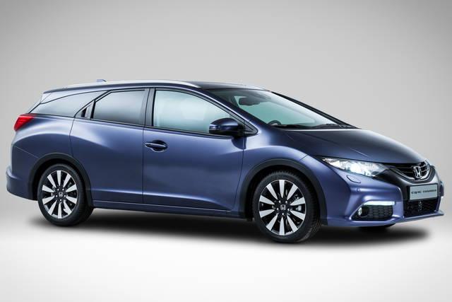Honda Civic Tourer, la famigliare fluente