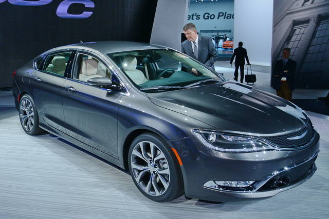 "Chrysler 200, una berlina ""stilosa"""