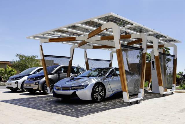 """BMW, un tetto solare per le """"i"""""""