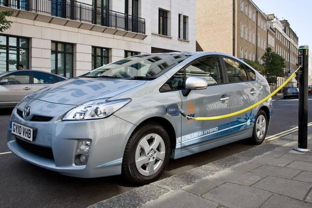 Batterie: la Toyota punta al 100% di riciclaggio