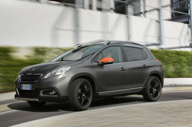 Peugeot 2008 Black Matt Quando Il Colore Fa La Differenza