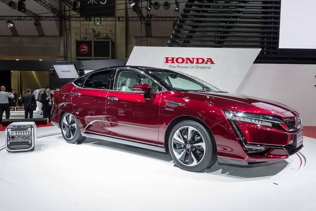 Honda Clarity Fuel Cell: in Europa nel 2016