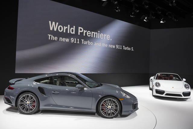Porsche 911 Turbo: anche lei si rinnova