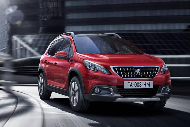 La Peugeot 2008 si rinnova