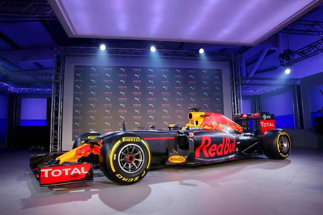 Formula 1 2016: la Red Bull cambia livrea