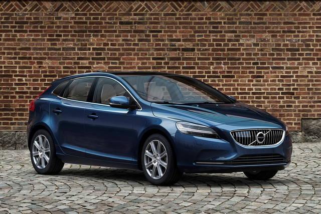 Volvo V40: per lei è tempo di facelift