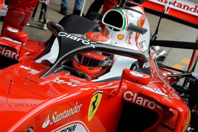 """Formula 1: la Ferrari prova il """"cupolino"""""""