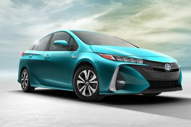 Toyota Prius Prime: la puoi ricaricare